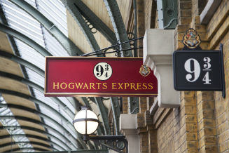 Sign for the Hogwarts Express taken from the Harry Potter stories.